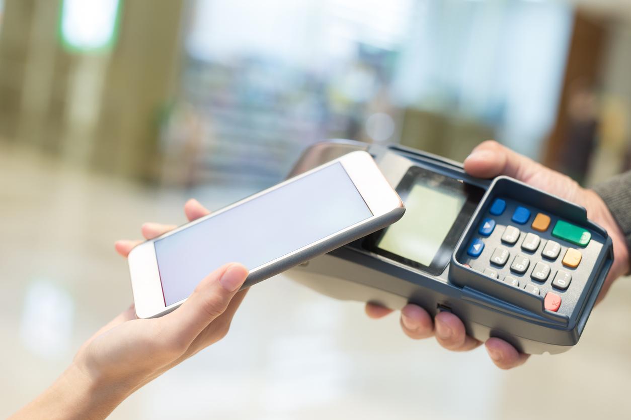 """Résultat de recherche d'images pour """"paiement téléphone portable"""""""